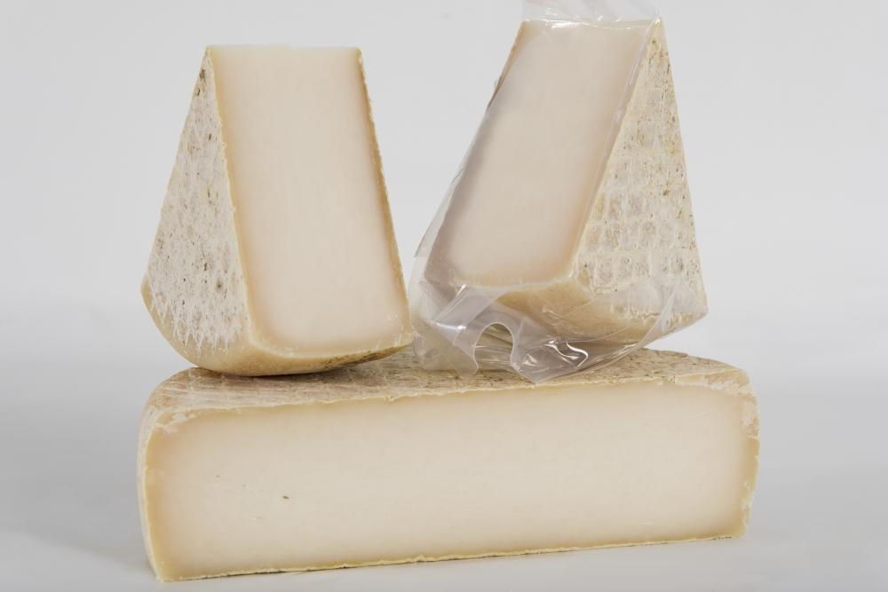 formaggio capra stagionato