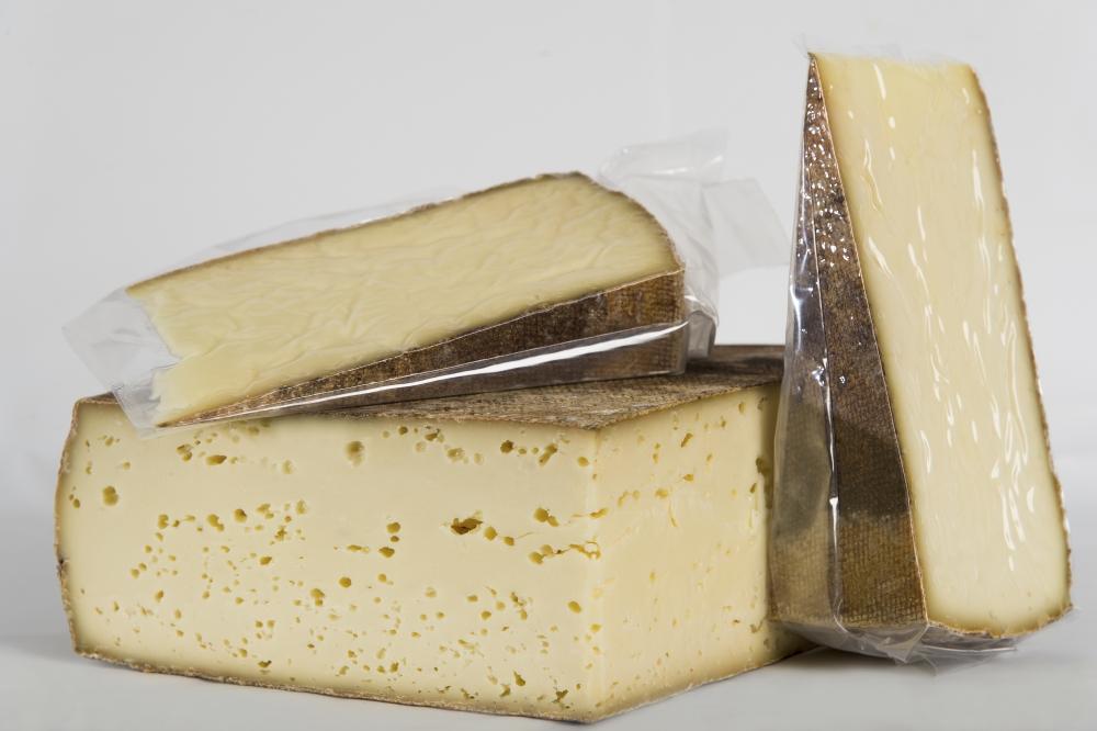 puzzone di moena formaggio carpanolat